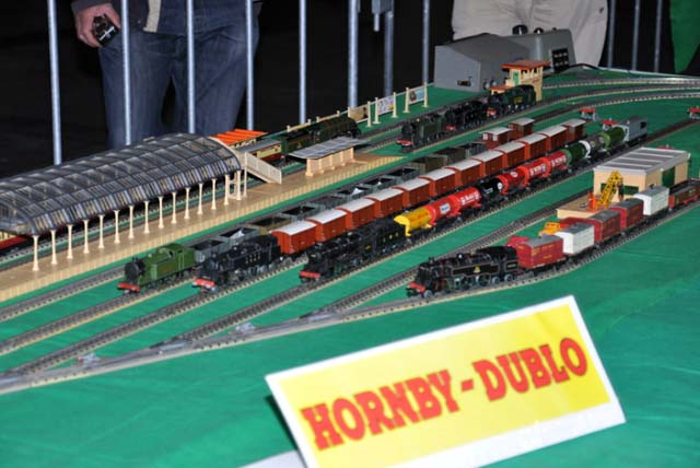 Hornby Dublo Station area
