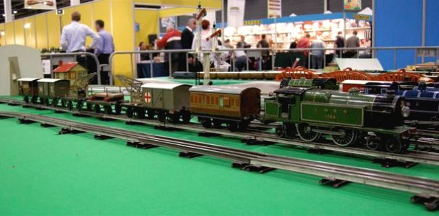 Vintage Hornby O-gauge items