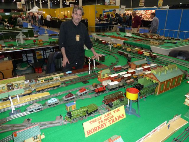Niek van Ees at the Hornby O-gauge layout