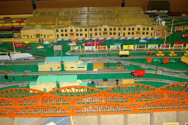Hornby Dublo 3-rail layout